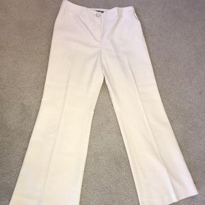 Ann Taylor 👖size 6 cream color